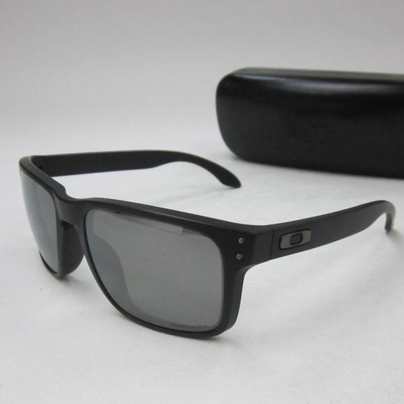 3710fb63f76 Oakley HOLBROOK OO9102-D655 Mens Sunglasses OLH749.  M 5b477c9ce944ba1a5c9a85d3